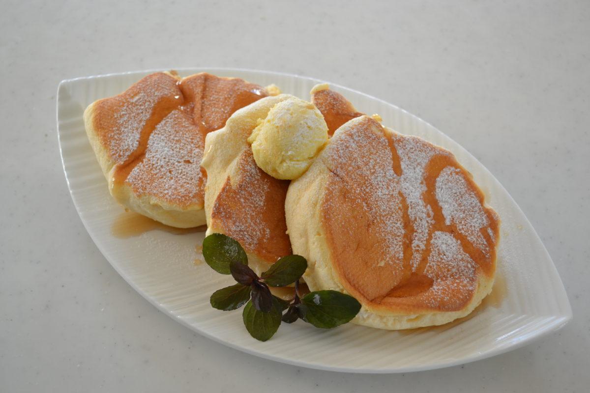 ★ふわふわパンケーキの作り方★ホイップハニーバター添え♡